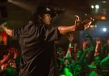 Сцена с фильма Голос улиц / Straight Outta Compton (2015)
