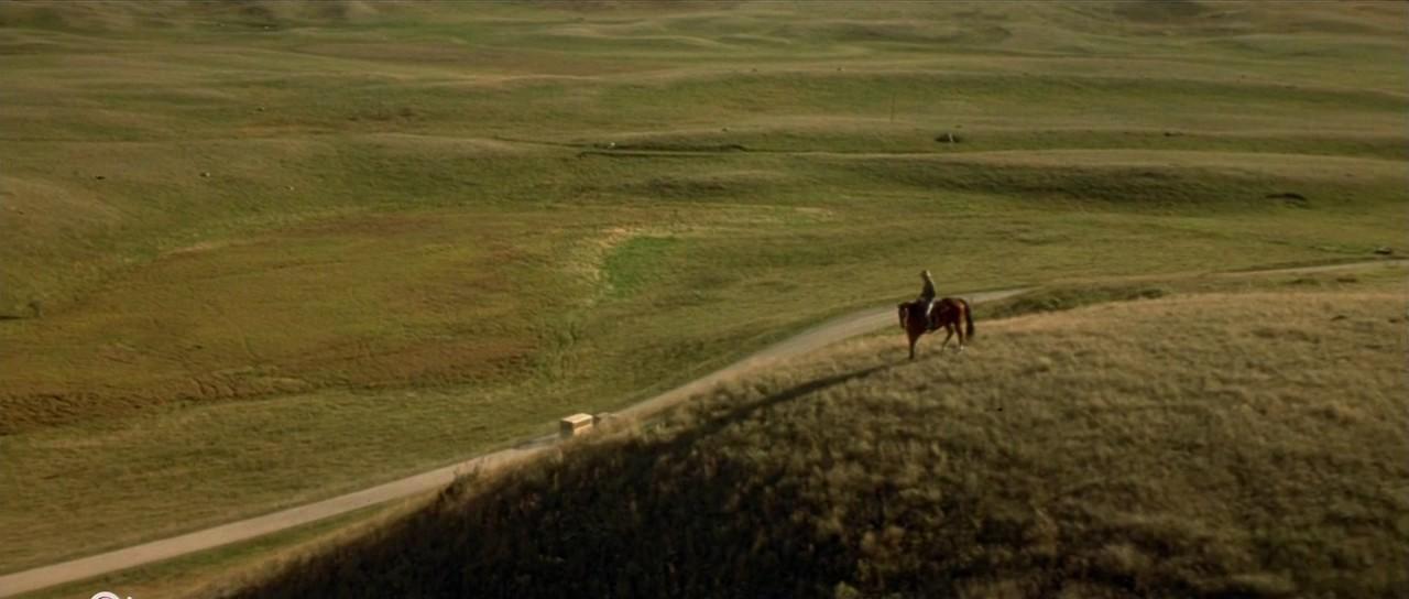 Новогодняя песня три белых коня из кинофильма Чародеи