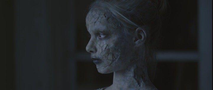 Кадры из фильма смотреть фильм мёртвенно бледный