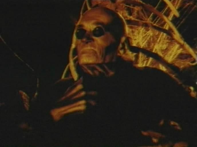 Смотреть фильм Сердце дракона 3 Проклятье чародея онлайн