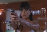 Сцена с фильма Стриптиз / Striptease (1996) Стриптиз случай 0