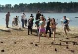 Сцена из фильма Акулье озеро / Shark Lake (2015) Акулье озеро сцена 10