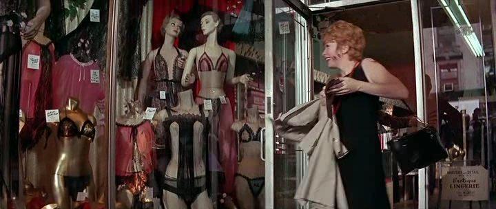 Sweet lady 2 сцены с фильма