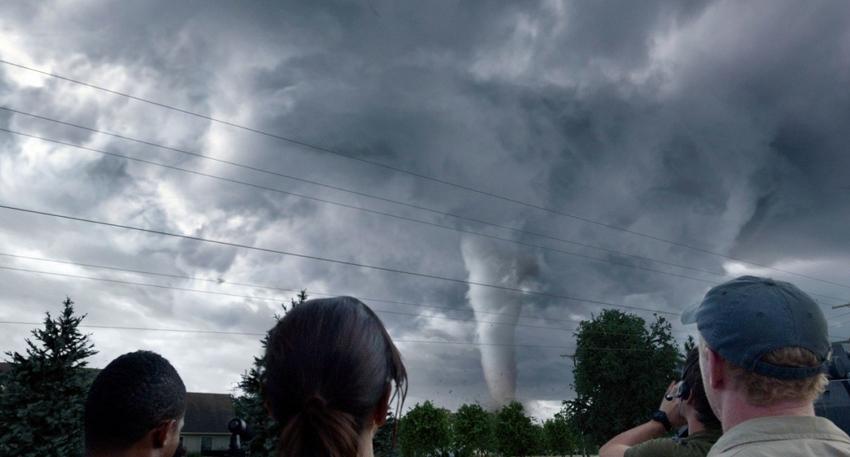 Скачать торрент в хорошем качестве навстречу шторму.
