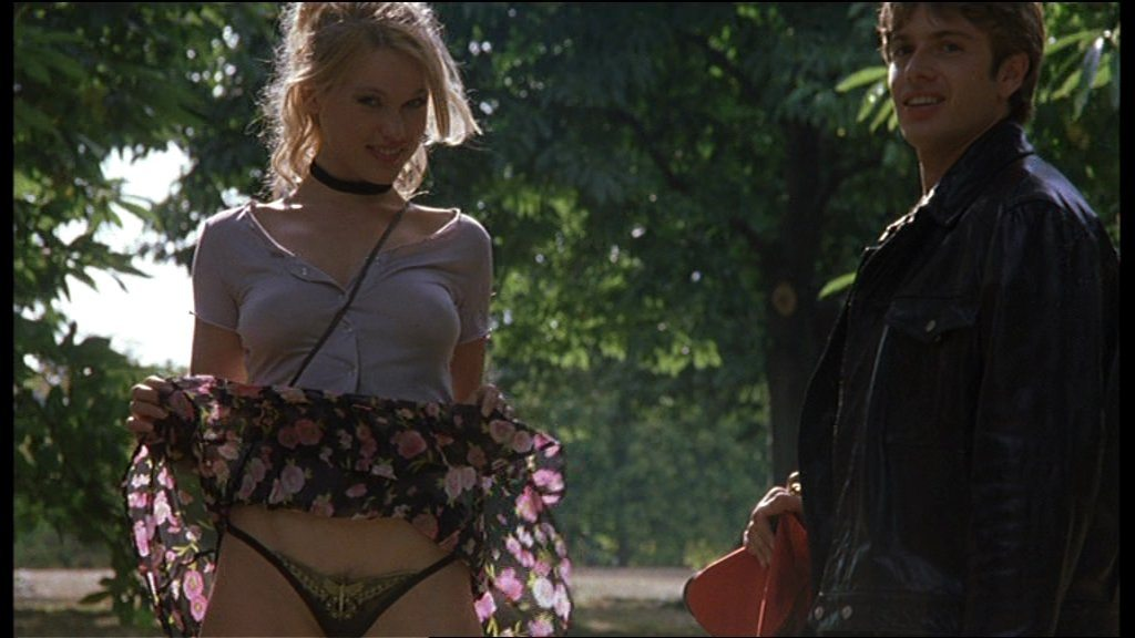 erotika-filmy-skachat-tinto-brassa-17