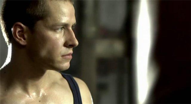 смотреть онлайн боксер фильм: