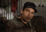Сцена из фильма Снайпер / Sniper (1993) Снайпер