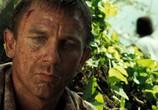 Кадр с фильма 007: Казино Рояль торрент 079020 работник 0