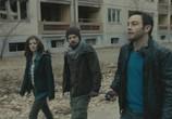Сцена с фильма Запретная зона / Chernobyl Diaries (2012) Запретная зона педжент 0