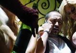 Сцена из фильма Драйвер на ночь / Stretch (2014) Драйвер на ночь сцена 11