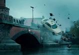 Кадр с фильма Неизвестный