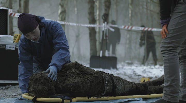 Тот, кто убивает сезон 1 (2011) смотреть онлайн или скачать сериал.