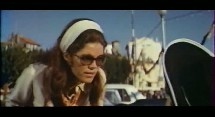 Дама в очках и с ружьем в автомобиле (2015) — смотреть онлайн.