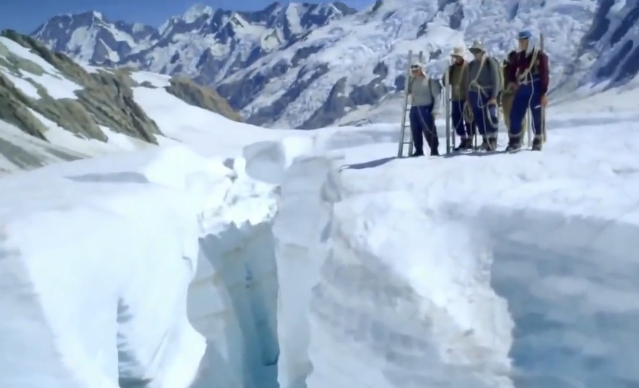 Эверест 2015  smotrifilmicc