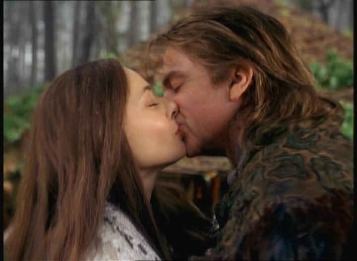 Kisses back matthew koma скачать клип
